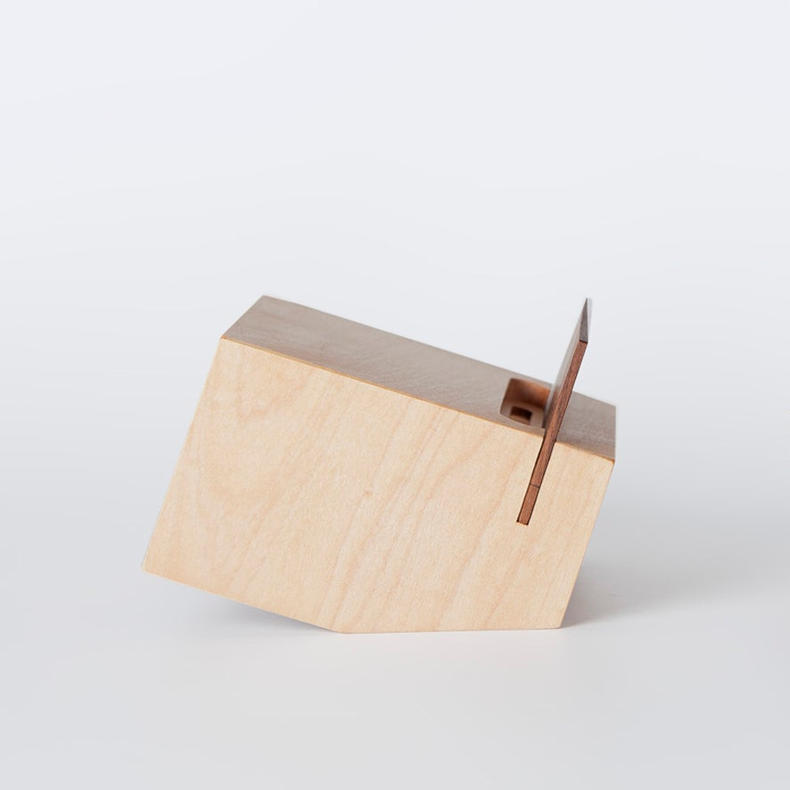 Image of BOX. maple