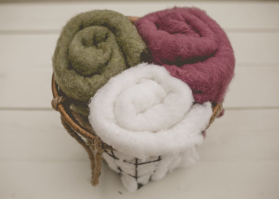 Image of EUROPEAN WOOL FLUFF - Christmas Collection