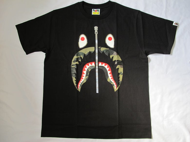 Image of A Bathing Ape (Bape) - Camo Shark 2 (Black)