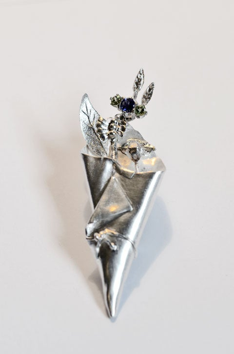 Image of Suffragette posy brooch.