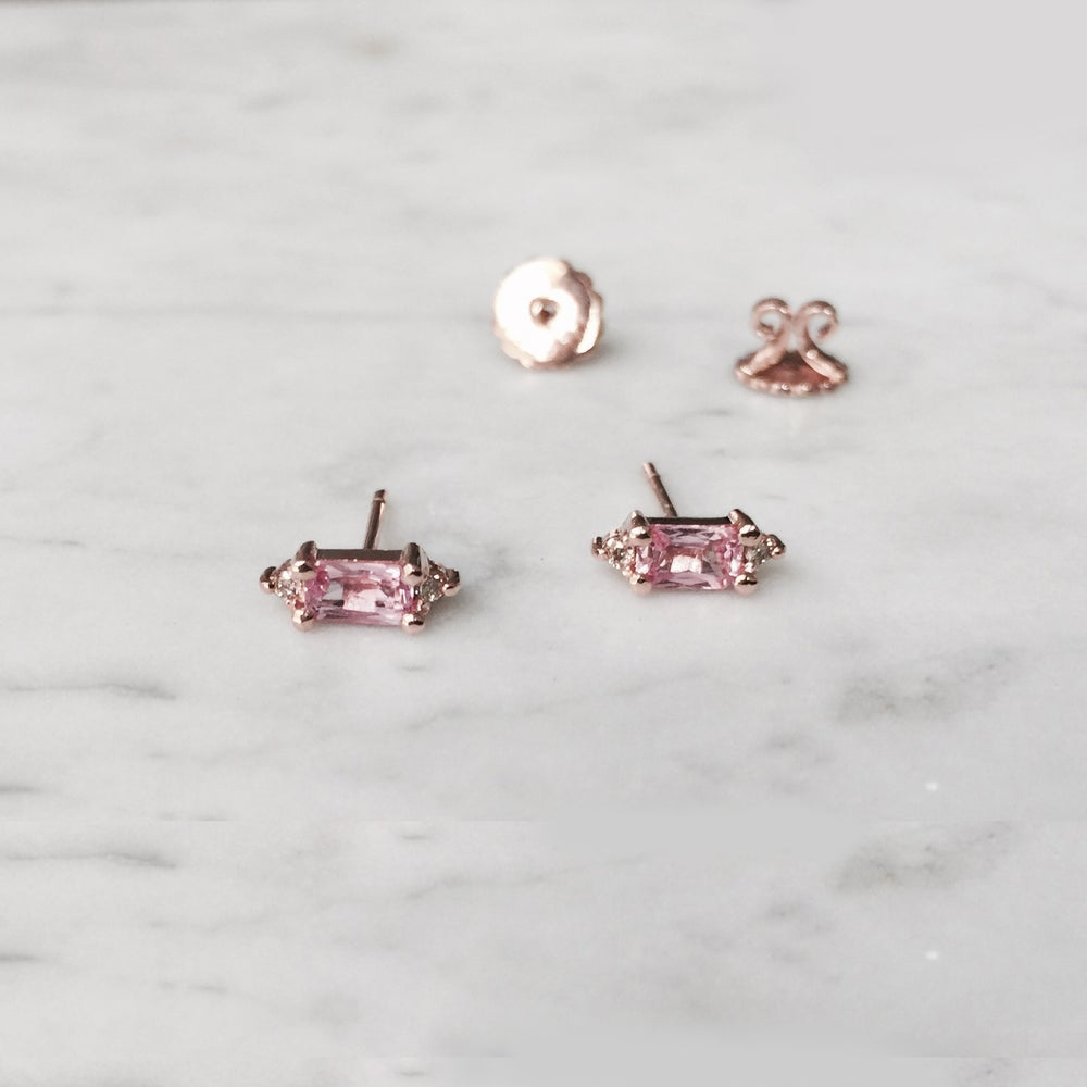 Image of Eleanor Pink Sapphire Earring