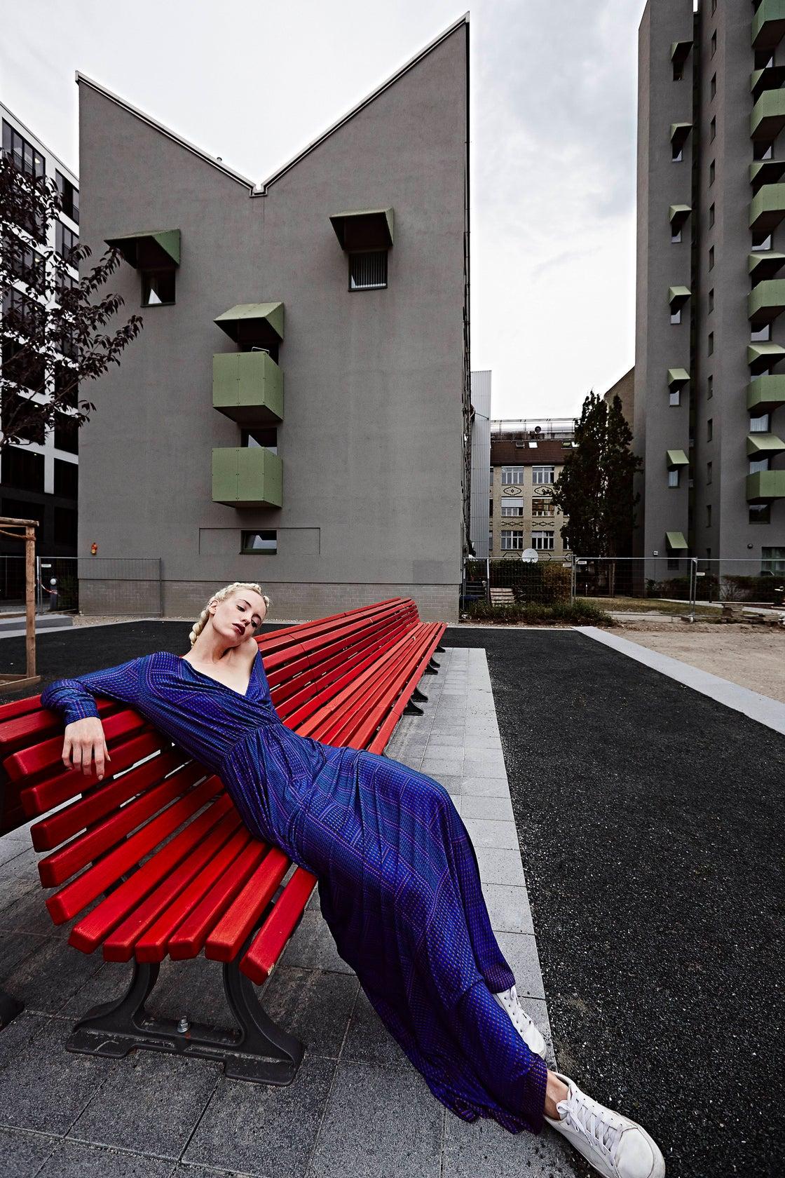 Image of FRAMPESCA BORCHIETTE BLU MAXI DRESS