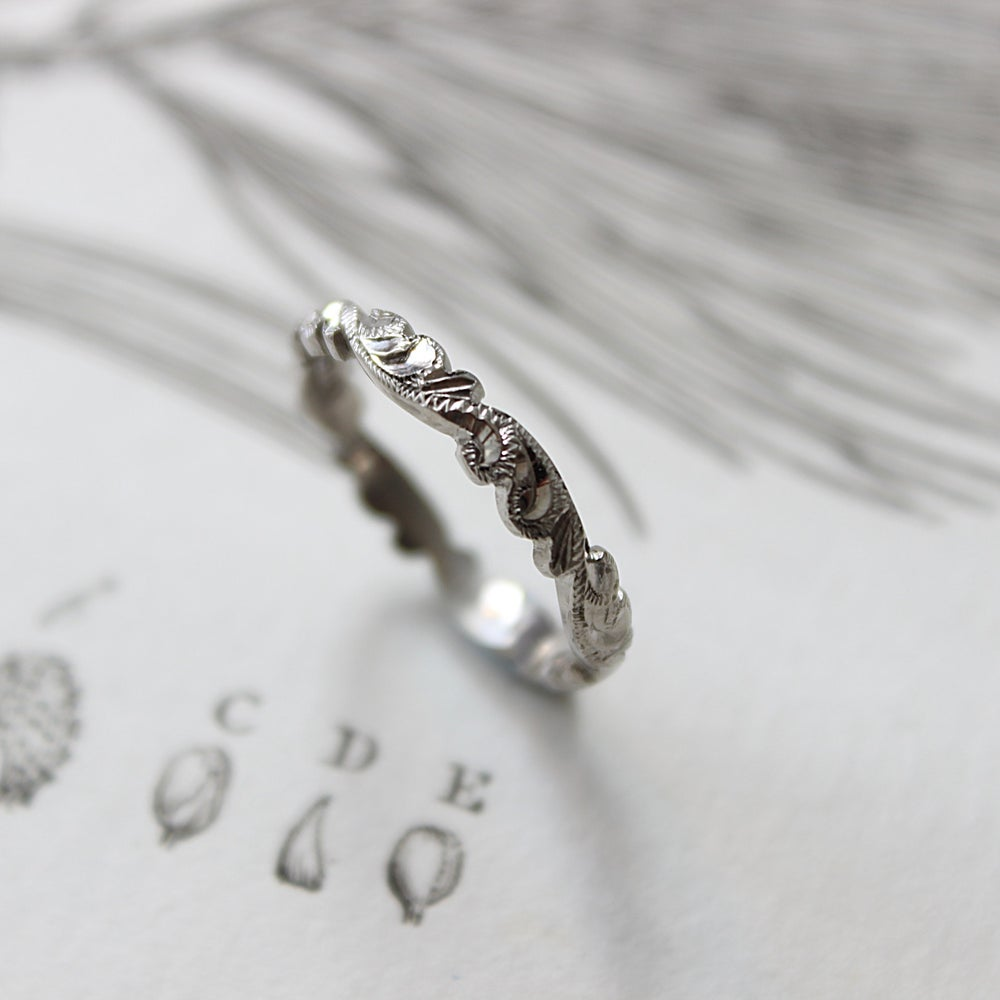 Image of palladium 3mm floral carved ring