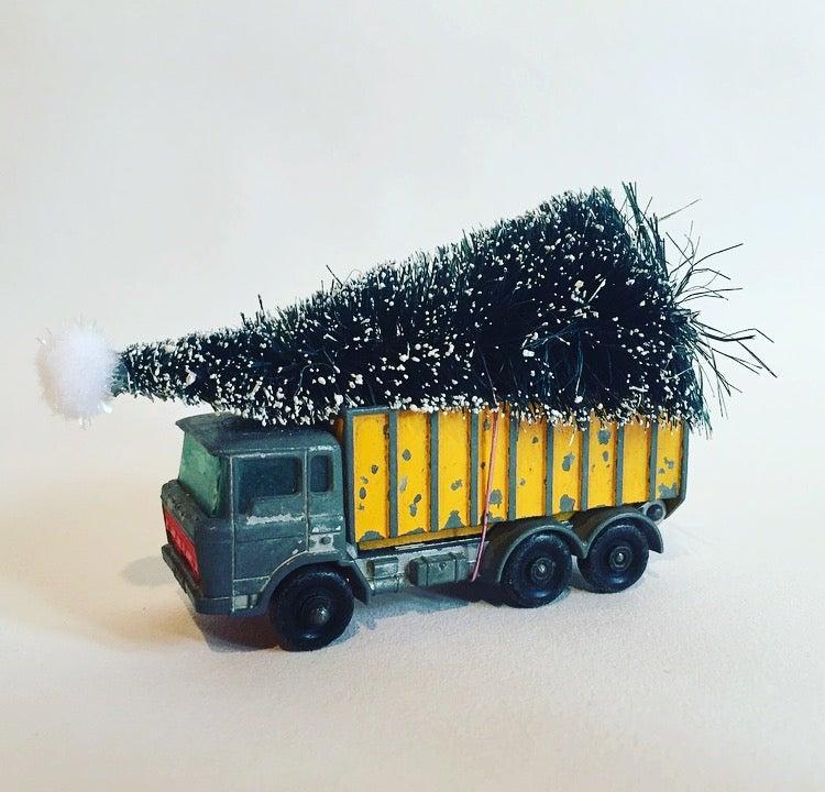 Image of christmas van yellow