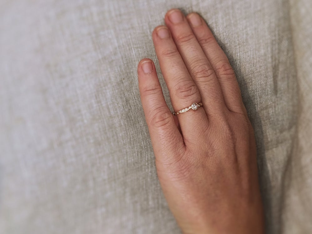 Image of 18ct Rose Gold 3.9mm ROSE CUT DIAMOND RING (IOW37)