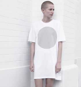Image of NEW COLLECTION: GREY LABEL LUNAR EXTRA LONG T-SHIRT IN MOONBEAM WHITE W/ CLOUD PALE GREY CIRCLE