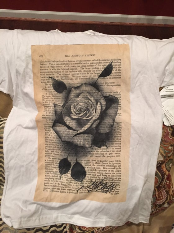 Image of Vintage rose print t-shirt