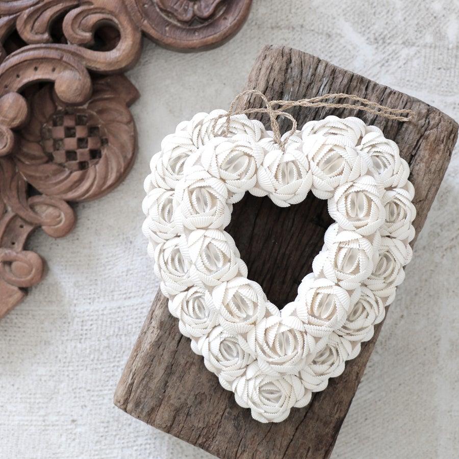 Image of Seashell Hanging Hearts