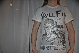 Image of SHIRT - God fist the queen