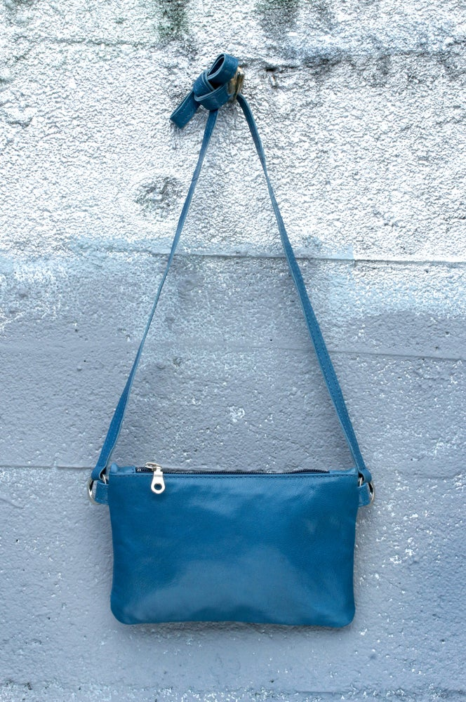 Image of Mini Chelsea Crossbody - lake blue