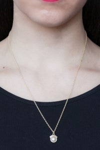 Image of PEARL DREAM SEQUINS NECKLACE