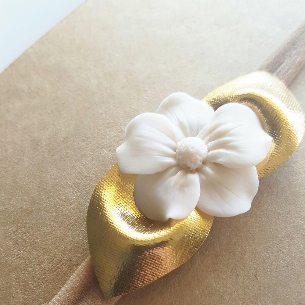 Image of Silken Petals Floret