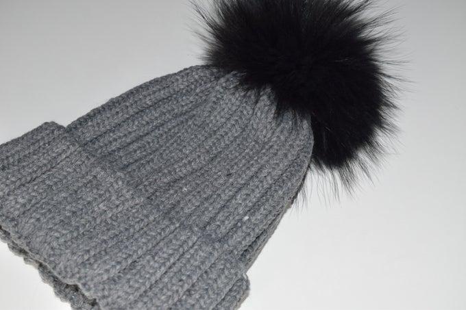 Image of Racoon Fur 'Single' Pom Pom Hat
