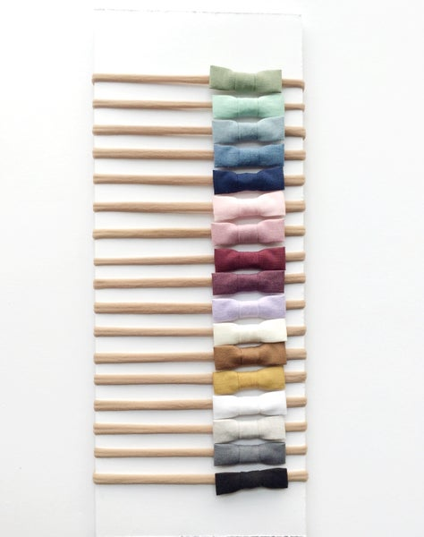 Image of Solid Cotton Bows [Nylon Elastic]