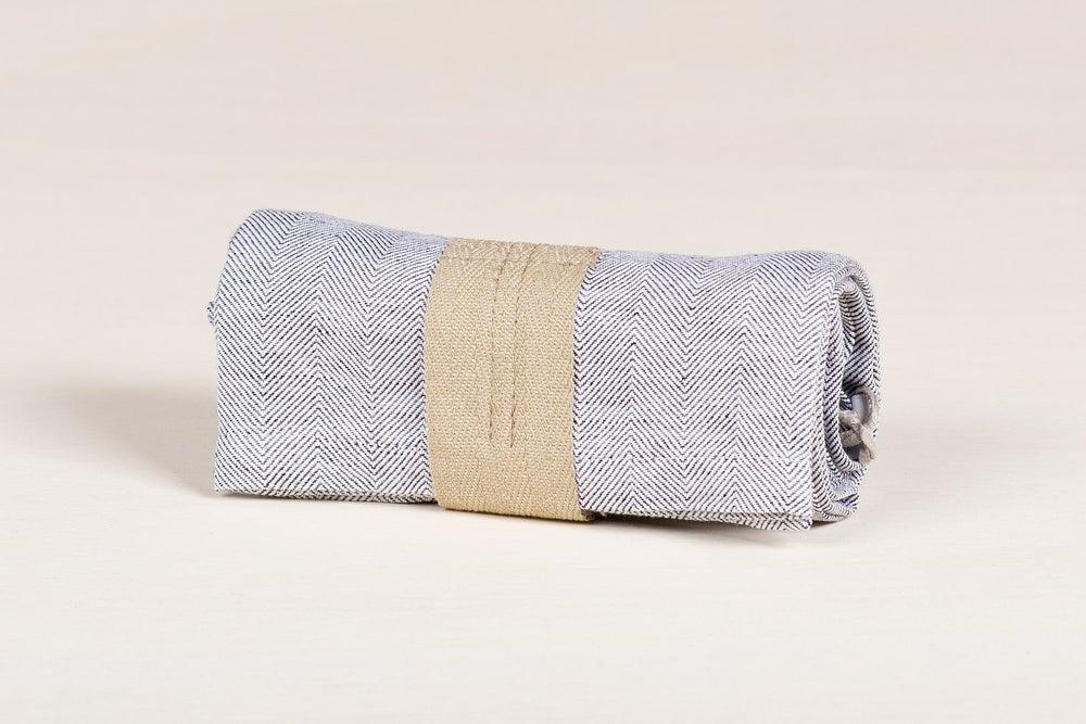 Image of CANOVACCIO A SPINA DI PESCE / HERRINGBONE TOWEL