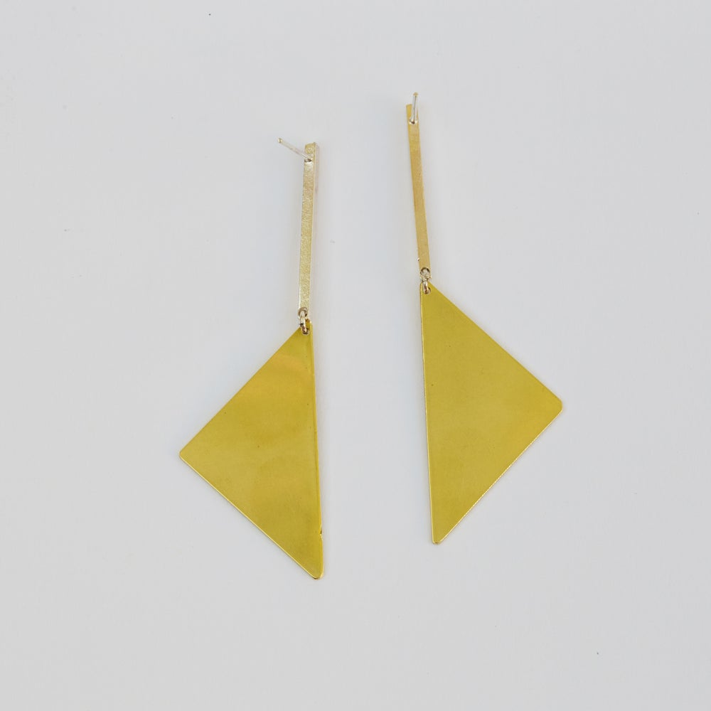 Image of Line Triangle Earrings