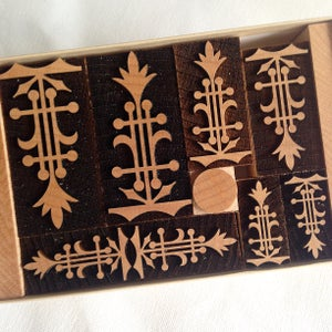 Image of Handy Box of Churchman's Line Ornaments