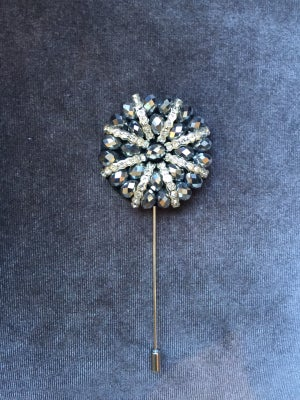 Image of Formal Lapel Pin