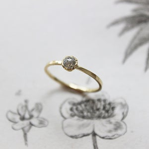 Image of *SOLD* 18ct gold, Little opaque diamond ring (IOW51)