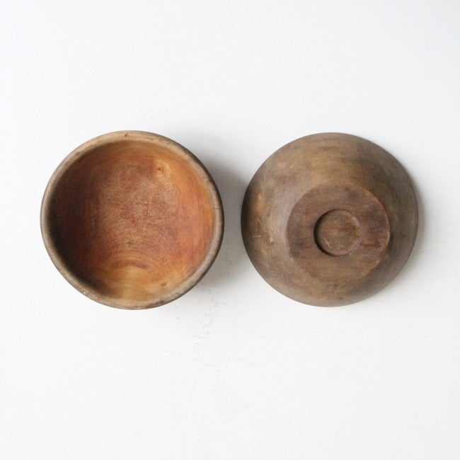 Image of Pair of simple wooden bowls