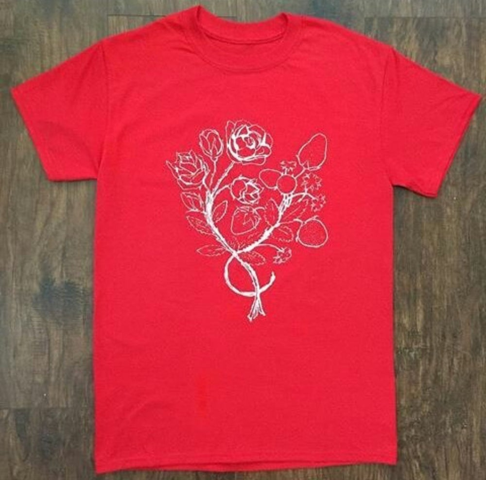 Image of Roses and Strawberries T