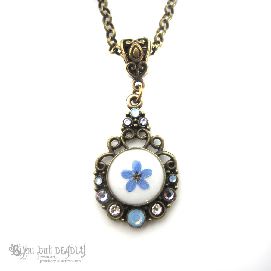 Image of Forget-me-not Single Pressed Flower Cameo Pendant