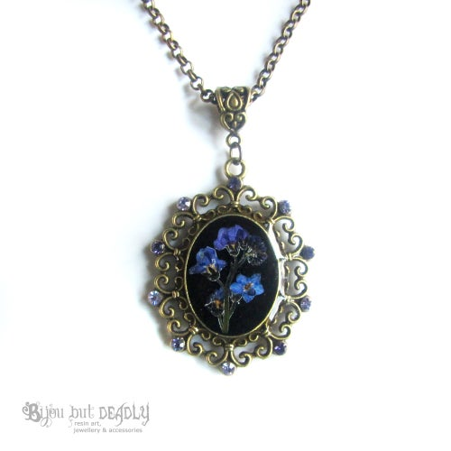 Image of Forget-me-not Pressed Flower Posy Pendant