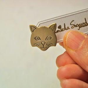 Image of Cat pin