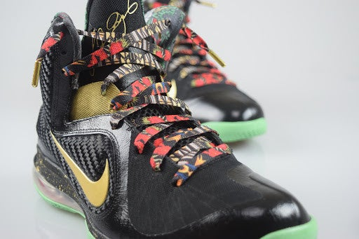 """Image of Exclusive """"Watch Da Throne"""" LE Custom Laces"""