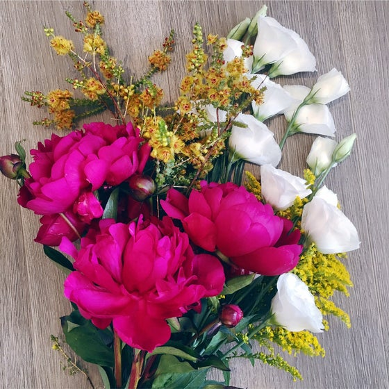 Image of $30 Fresh Floral Blooms