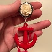 White Rose Anchor Dangle (sizes 9/16-7/8)