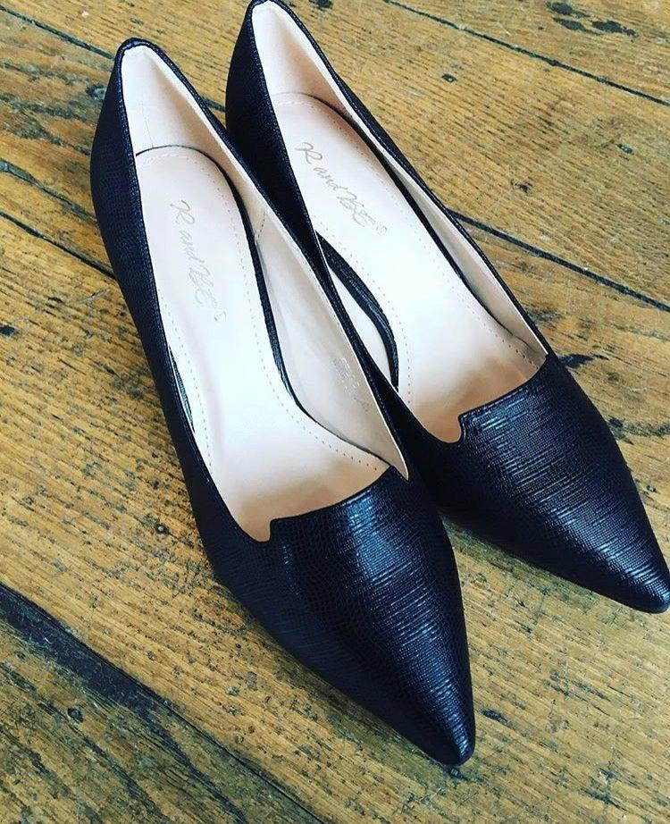 Image of Black Court Shoe