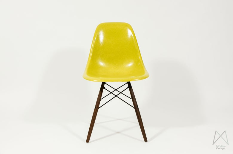 Image of Brilliant Yellow DSW DSR DSX Herman Miller