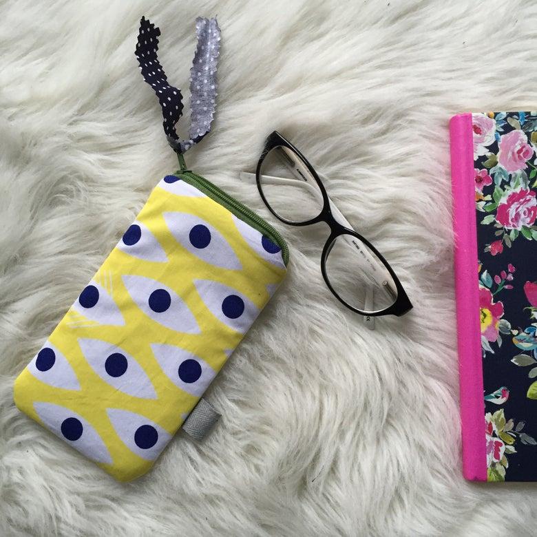 Image of Protège portable ou lunettes LES ZIEUX JAUNES