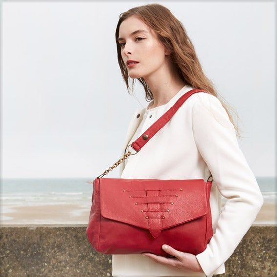 Image of -30% <br>PACHA cuir Rouge 198€