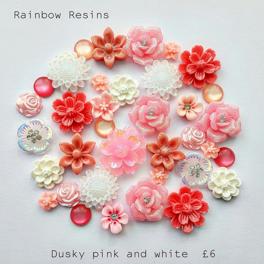 Image of Dusky pink and white