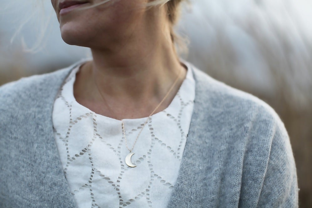 Image of *NEW* crescent moon necklace
