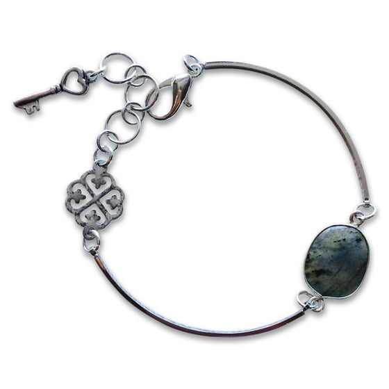 Image of KEY TO MY HEART BRACELET