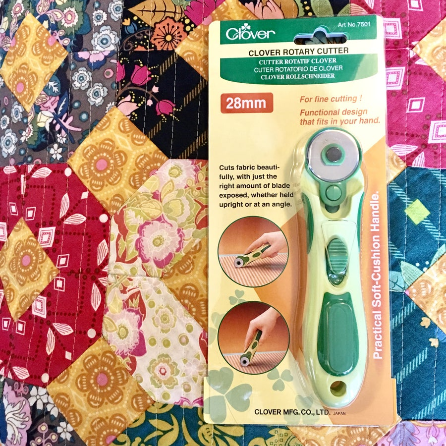 Image of Clover 28 mm Rotary Cutter