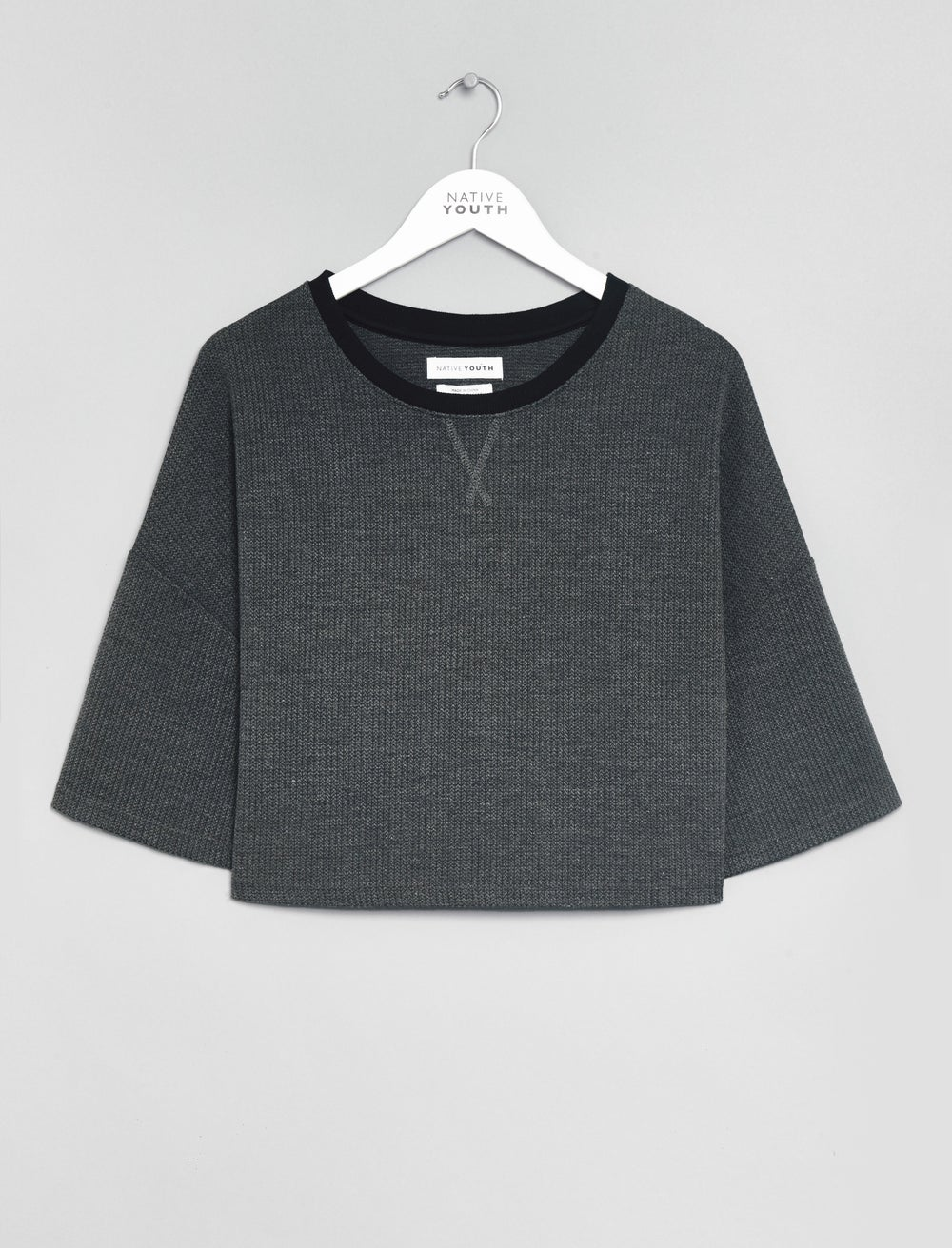 Image of Native Youth - Cropped Sweatshirt