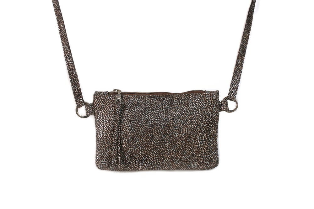 Image of Mini Chelsea Crossbody - grey pebble