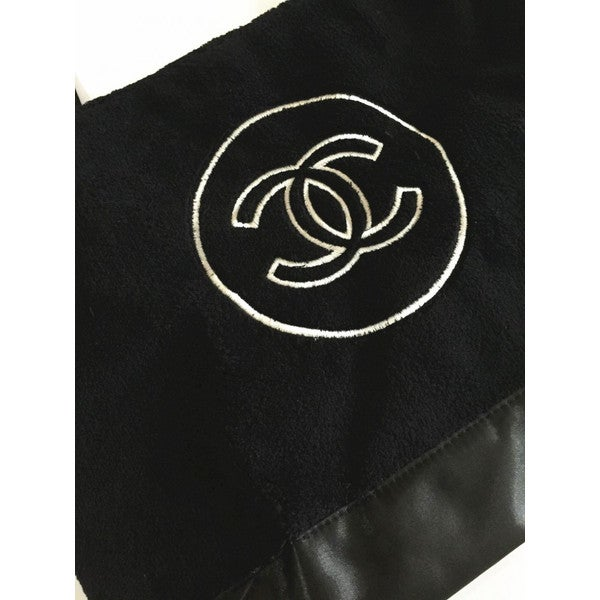 Image of Chanel Beaute Bag - Chanel Precision VIP Beauty Counter Gift Plush Tote Bag