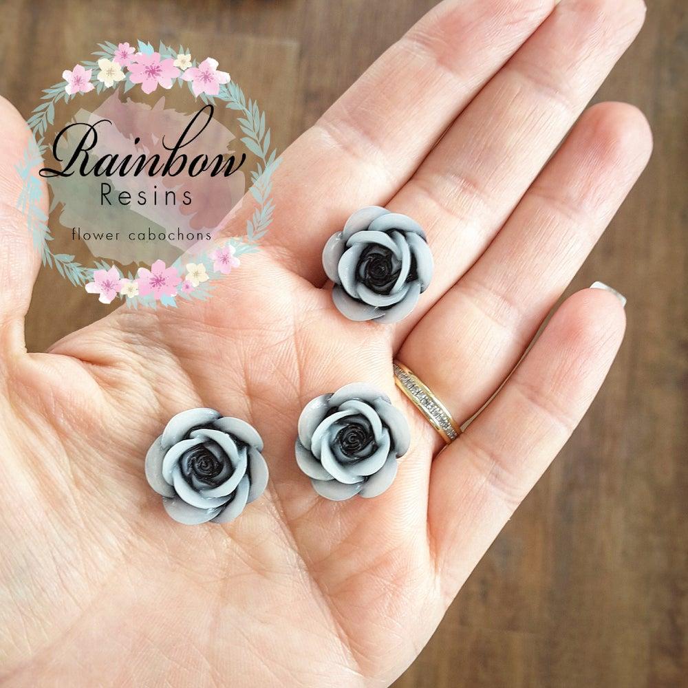 Image of Grey/black roses x 10