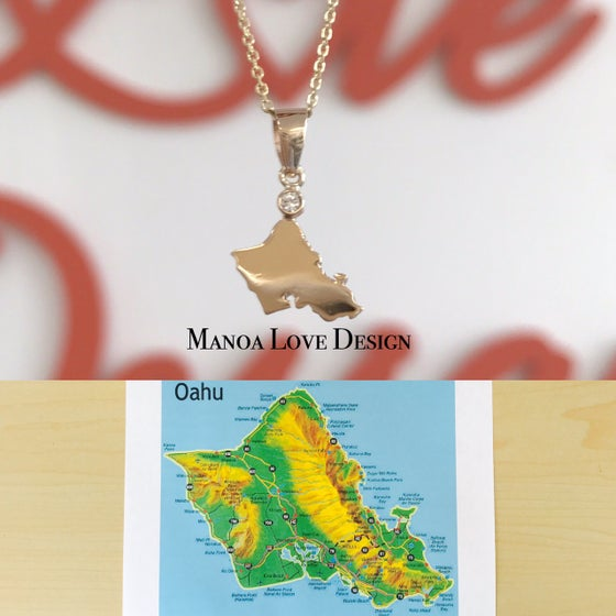 Image of Oahu Island with White Sapphire Pendant