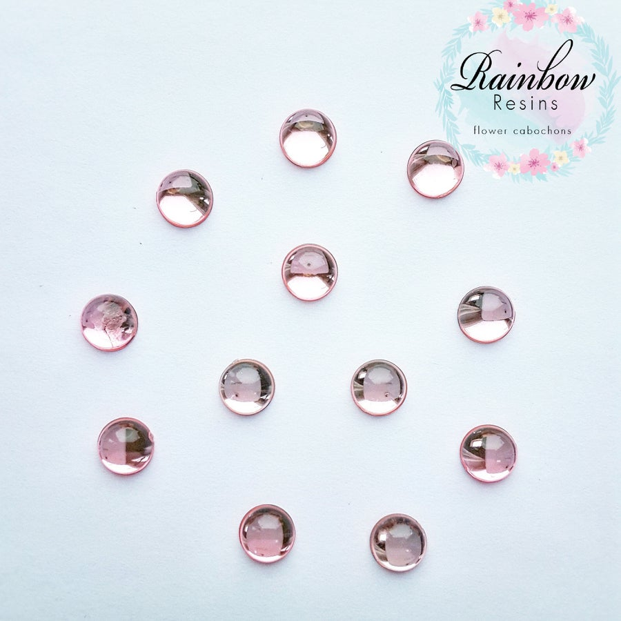 Image of Baby pink 10mm flatback crystals x 12