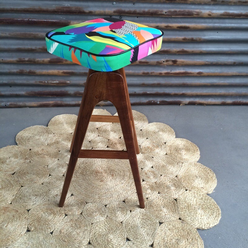 Image of Tropicalia TH Brown stool single