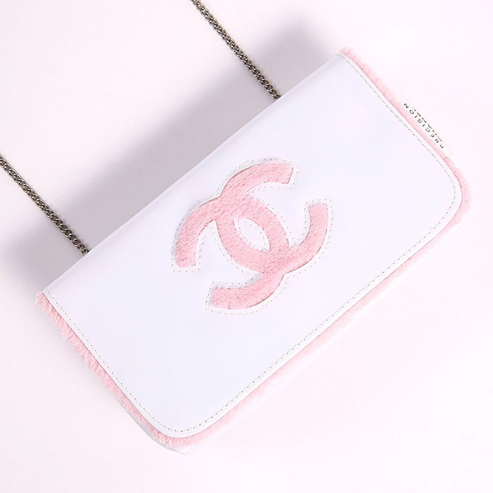 Image of Chanel Beaute Vip Gift Cosmetics Makeup Clutch White/Pink Chain Bag