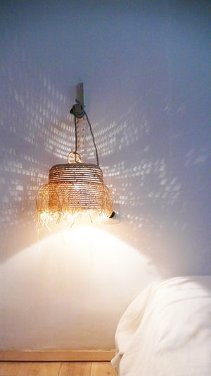Image of Natural raffia lamp with textile cable, switch and plug - Fringed