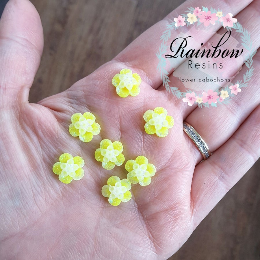 Image of Sparkly yellow blossoms x 20