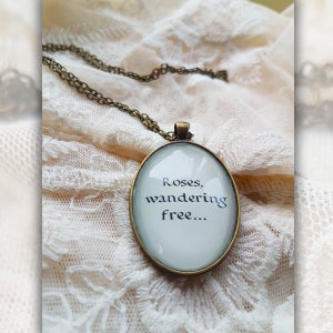 Image of Preserved Roses Necklace